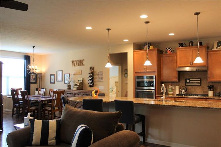 13217 Balletto Way Fishers, IN 46037   MLS 21662289   photo 8