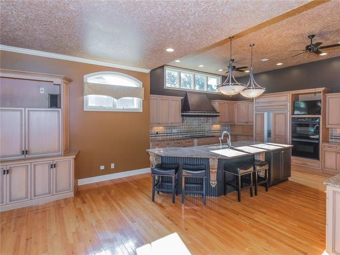 9115 Admirals Bay Drive Indianapolis, IN 46236 | MLS 21662290 | photo 13