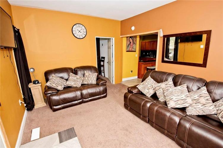 1426 E Kelly Street Indianapolis, IN 46203 | MLS 21662334 | photo 4