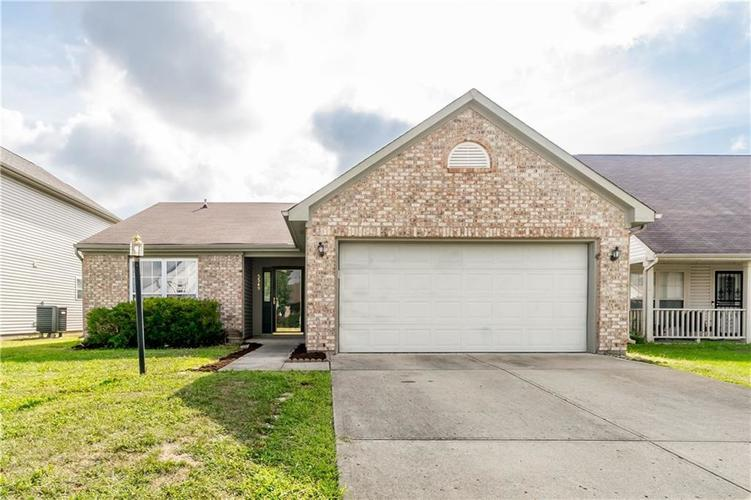 5349 Rocky Mountain Drive Indianapolis, IN 46237 | MLS 21662355 | photo 1