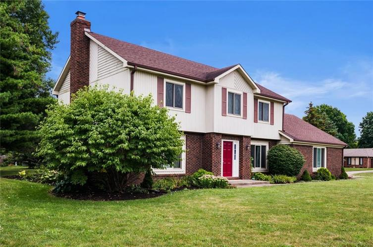 10568 ROLLING SPRINGS Drive Indianapolis, IN 46234 | MLS 21662380 | photo 1