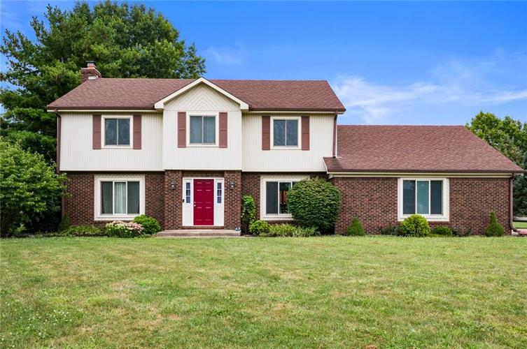 10568 ROLLING SPRINGS Drive Indianapolis, IN 46234 | MLS 21662380 | photo 2
