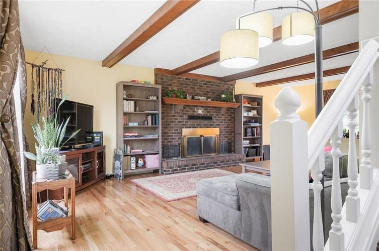 10568 ROLLING SPRINGS Drive Indianapolis, IN 46234 | MLS 21662380 | photo 6
