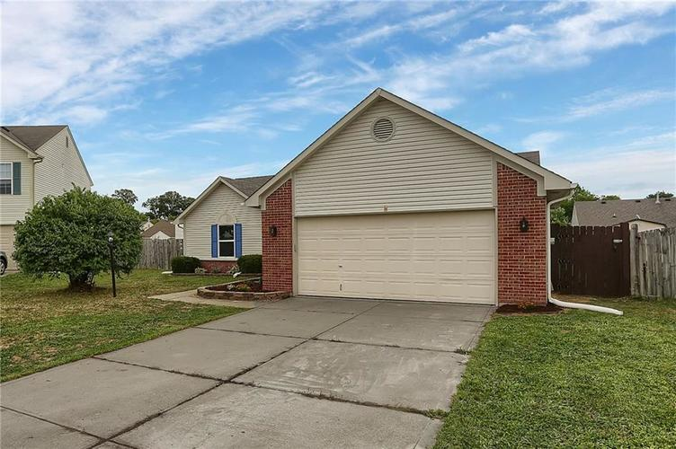 7319 Jackie Court Indianapolis, IN 46221 | MLS 21662385 | photo 3
