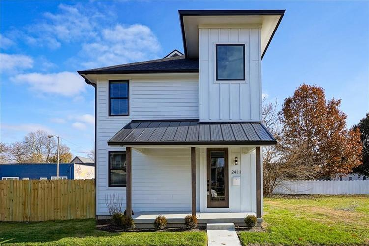 2411 Central Avenue Indianapolis IN 46205 | MLS 21662427 | photo 1