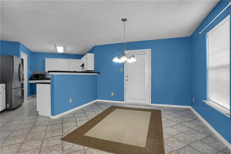 6744 Graybrook Drive Indianapolis, IN 46237 | MLS 21662445 | photo 11