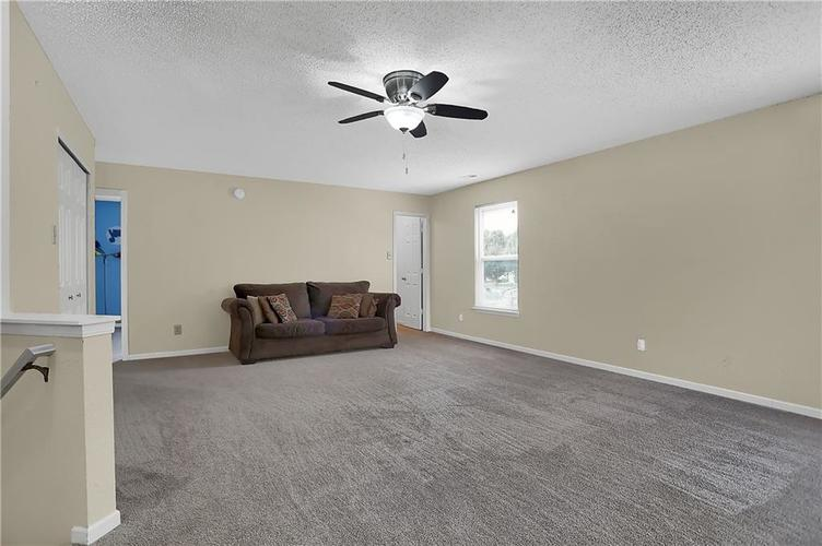 6744 Graybrook Drive Indianapolis, IN 46237 | MLS 21662445 | photo 16