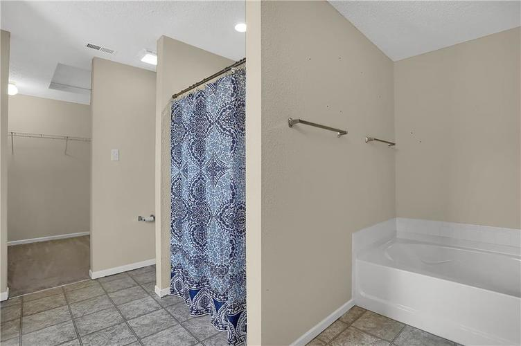 6744 Graybrook Drive Indianapolis, IN 46237 | MLS 21662445 | photo 21