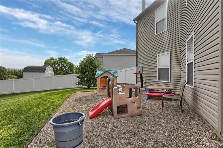 6744 Graybrook Drive Indianapolis, IN 46237 | MLS 21662445 | photo 34
