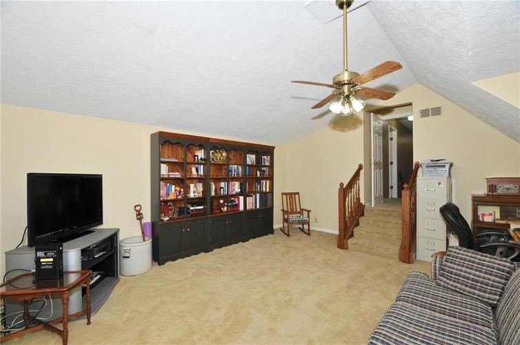 10988 Echo Spring Circle Indianapolis, IN 46236 | MLS 21662456 | photo 22