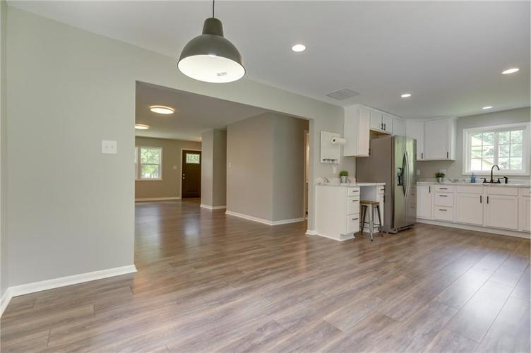 1847 Newhaven Drive Indianapolis, IN 46231 | MLS 21662467 | photo 13