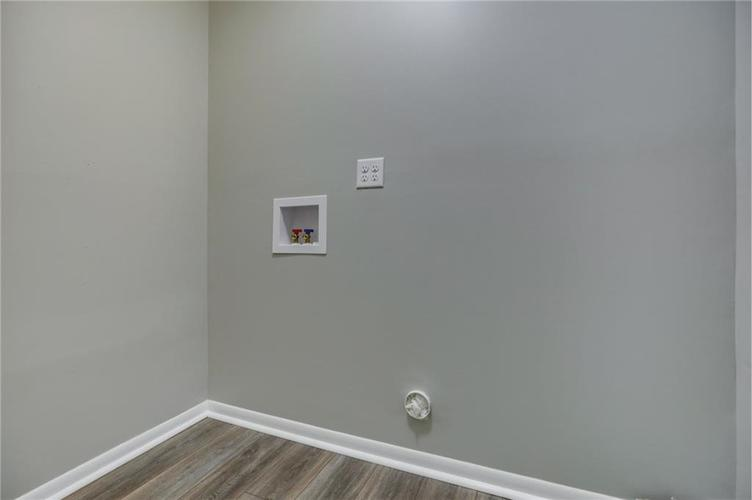 1847 Newhaven Drive Indianapolis, IN 46231 | MLS 21662467 | photo 20