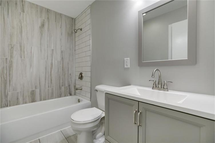 1847 Newhaven Drive Indianapolis, IN 46231 | MLS 21662467 | photo 25