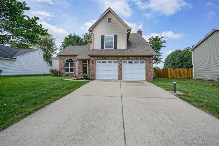 9314 Champton Drive Indianapolis, IN 46256 | MLS 21662501 | photo 2