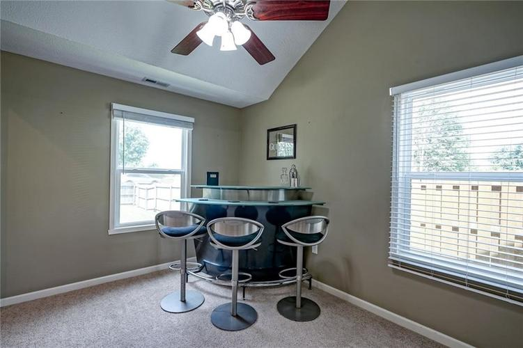 9314 Champton Drive Indianapolis, IN 46256 | MLS 21662501 | photo 24