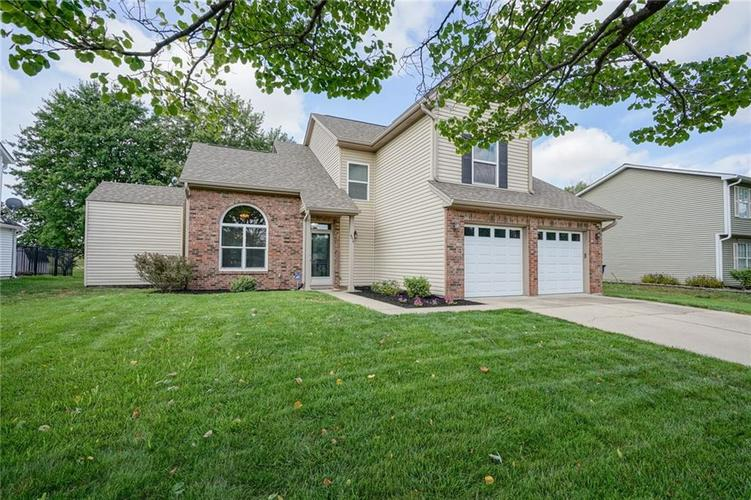 9314 Champton Drive Indianapolis, IN 46256 | MLS 21662501 | photo 3