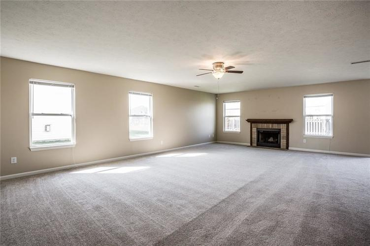12353 Deerview Drive Noblesville, IN 46060 | MLS 21662521 | photo 7