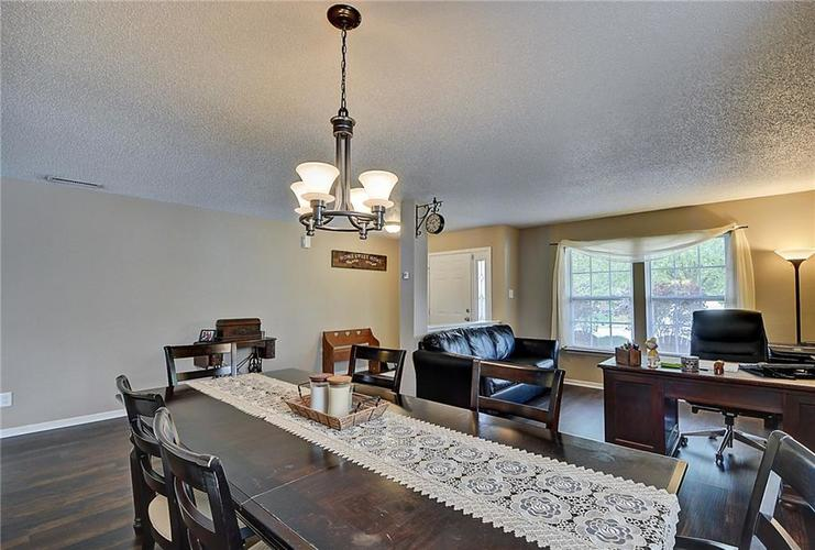5545 Noble Drive Indianapolis, IN 46234 | MLS 21662554 | photo 12