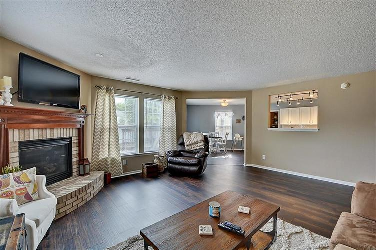 5545 Noble Drive Indianapolis, IN 46234 | MLS 21662554 | photo 15