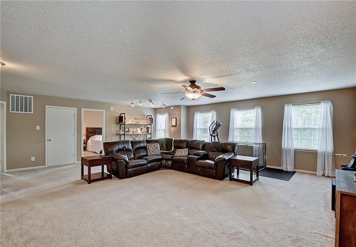5545 Noble Drive Indianapolis, IN 46234 | MLS 21662554 | photo 19