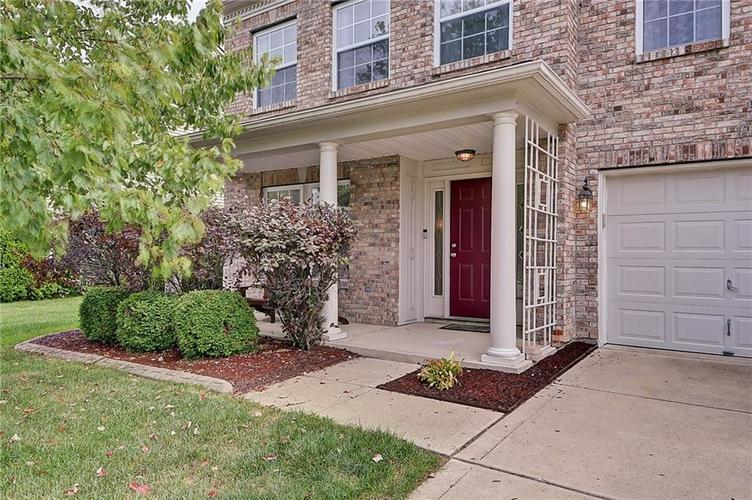 5545 Noble Drive Indianapolis, IN 46234 | MLS 21662554 | photo 2