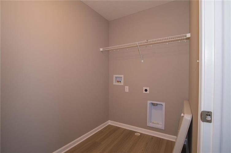 7131 Birch Leaf Drive Indianapolis, IN 46259 | MLS 21662556 | photo 20