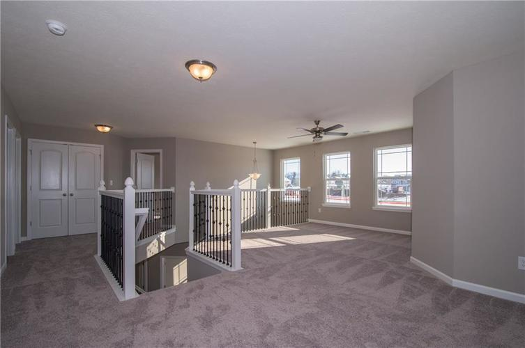 7131 Birch Leaf Drive Indianapolis, IN 46259 | MLS 21662556 | photo 21