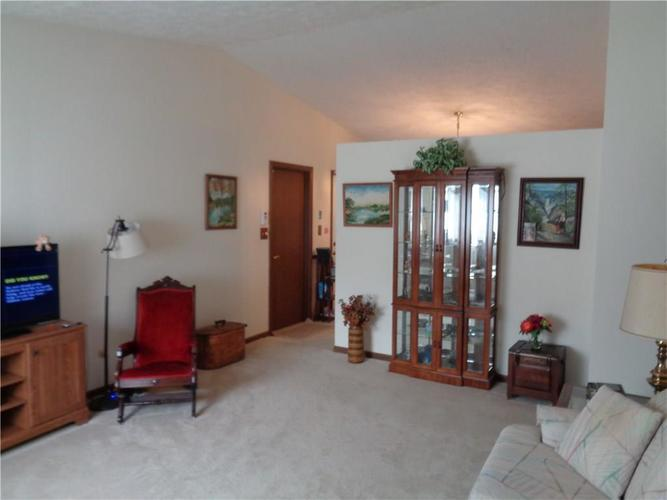 1316 Butternut Lane Indianapolis, IN 46234 | MLS 21662559 | photo 18