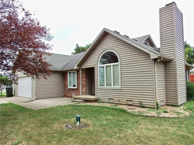 3983 Cranberry Drive Greenfield, IN 46140   MLS 21662599   photo 1