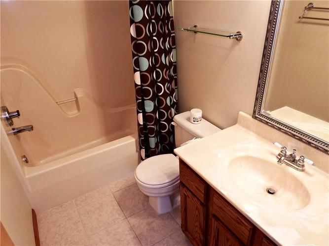 3983 Cranberry Drive Greenfield, IN 46140   MLS 21662599   photo 15