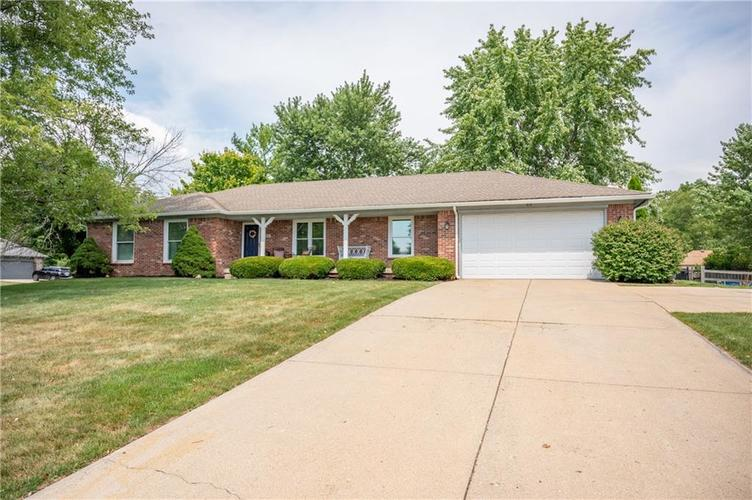 11302 Bloomfield Drive S Indianapolis, IN 46259 | MLS 21662622 | photo 1