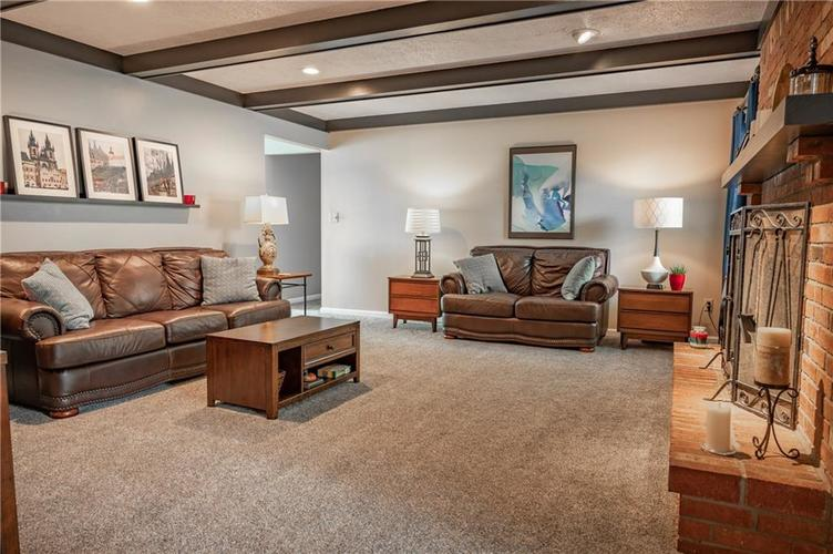 11302 Bloomfield Drive S Indianapolis, IN 46259 | MLS 21662622 | photo 16
