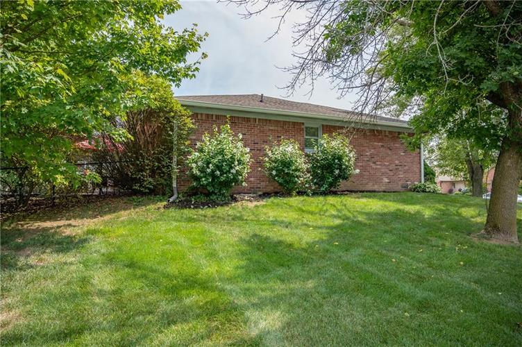 11302 Bloomfield Drive S Indianapolis, IN 46259 | MLS 21662622 | photo 7