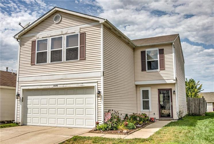 10696 Glenayr Drive Camby, IN 46113 | MLS 21662661 | photo 1