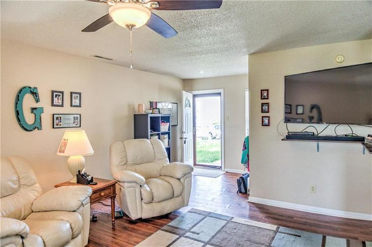 10696 Glenayr Drive Camby, IN 46113 | MLS 21662661 | photo 4
