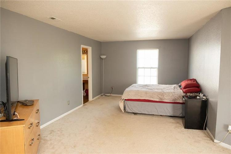 8715 Mellot Way Camby, IN 46113 | MLS 21662662 | photo 24