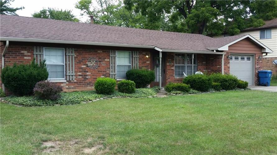 2728 Morning Star Drive Indianapolis, IN 46229 | MLS 21662735 | photo 2