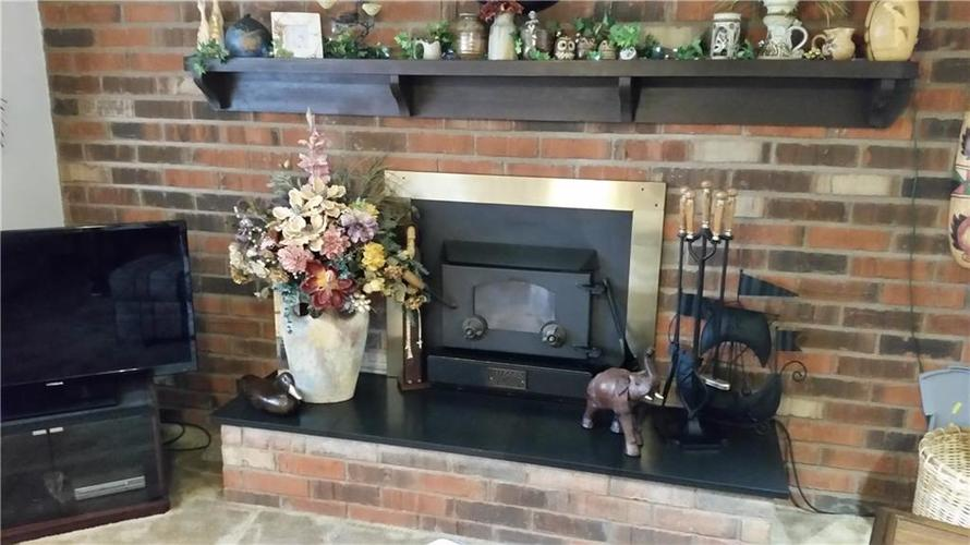 2728 Morning Star Drive Indianapolis, IN 46229 | MLS 21662735 | photo 6