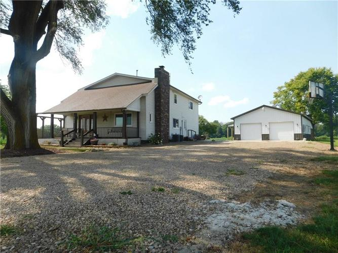 4746 E UNION Road Shelbyville, IN 46176 | MLS 21662746 | photo 1