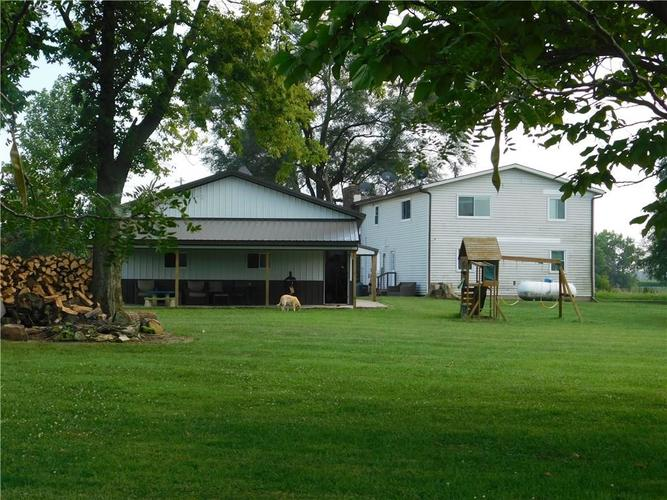 4746 E UNION Road Shelbyville, IN 46176 | MLS 21662746 | photo 2