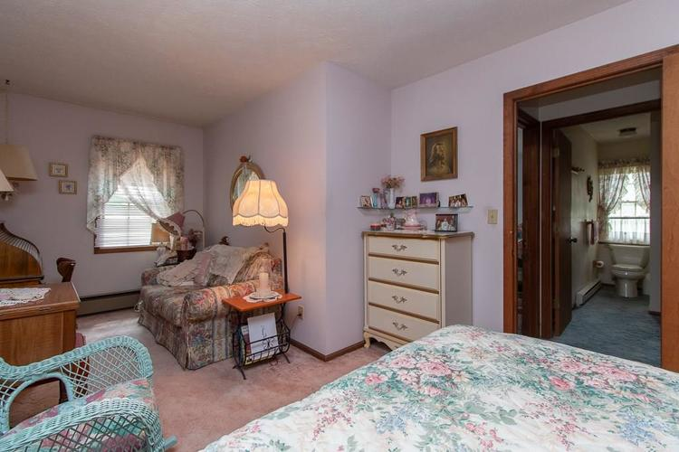 1236 OAKLAND Drive Anderson, IN 46012 | MLS 21662771 | photo 20