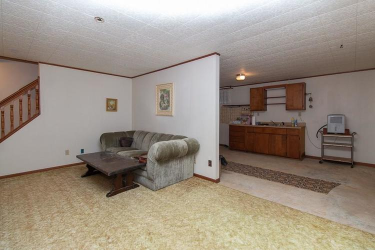 1236 OAKLAND Drive Anderson, IN 46012 | MLS 21662771 | photo 27