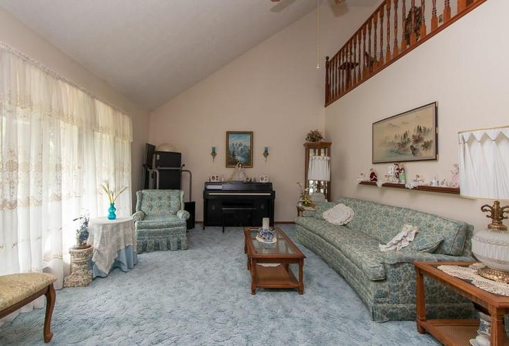 1236 OAKLAND Drive Anderson, IN 46012 | MLS 21662771 | photo 4