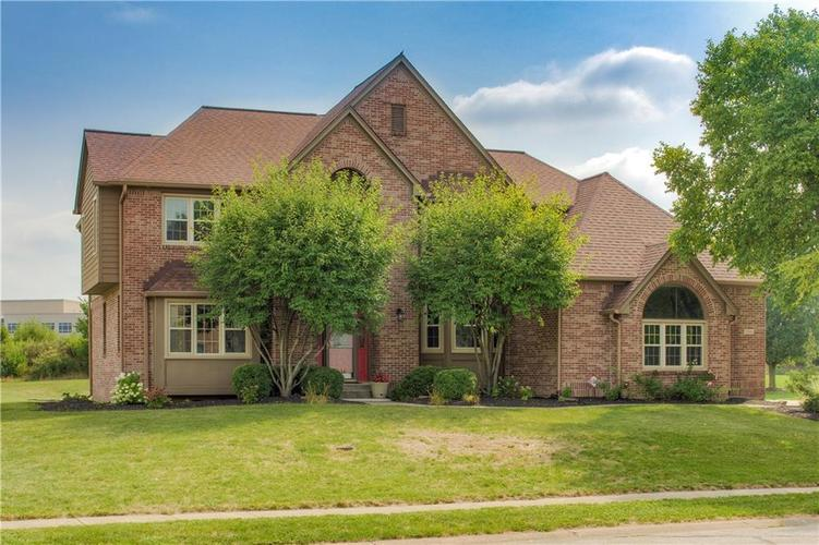 7551  CHESTNUT HILLS Drive Indianapolis, IN 46278 | MLS 21662853