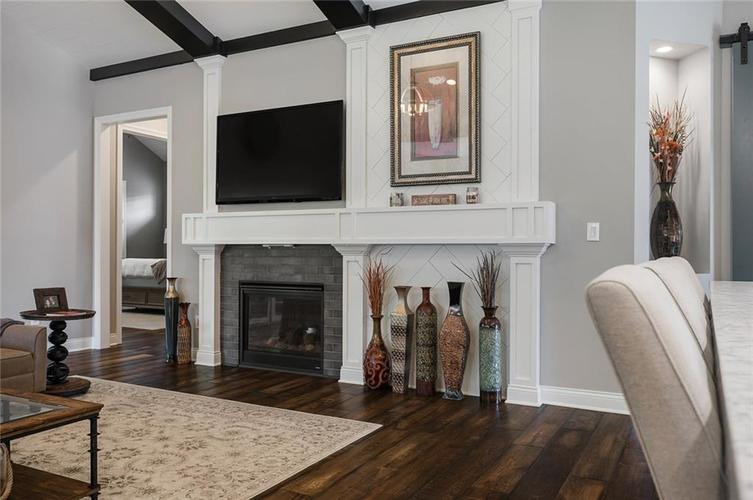 7254 Misty Woods Lane Indianapolis, IN 46237 | MLS 21662891 | photo 16