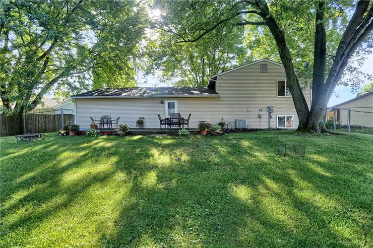 144 Plymouth Rock Court Greenwood, IN 46142   MLS 21662904   photo 2