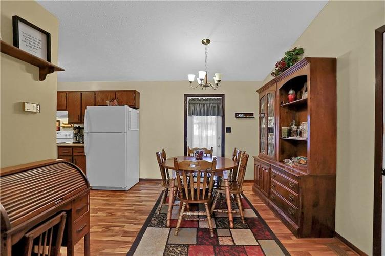 144 Plymouth Rock Court Greenwood, IN 46142   MLS 21662904   photo 5
