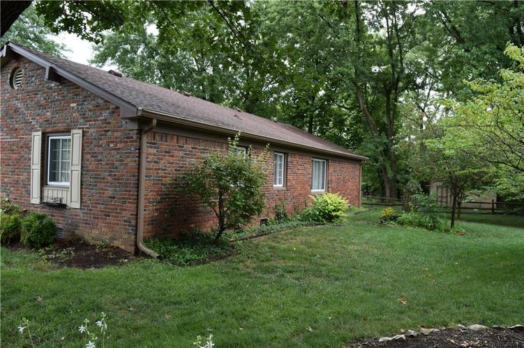 421 Ashford Court Indianapolis, IN 46214 | MLS 21662928 | photo 25