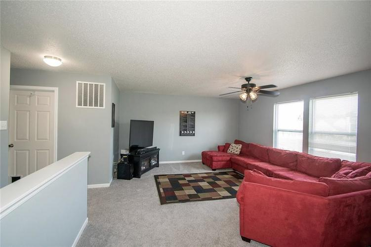 9922 Olympic Circle Indianapolis, IN 46234   MLS 21662998   photo 12