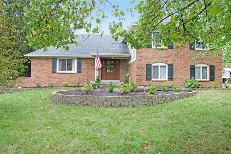 125  Governors Lane Zionsville, IN 46077   MLS 21663008
